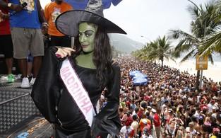 Juliana Paes  no Bloco da Favorita, em Sao Conrado (Foto: Felipe Panfili/ Ag. News)