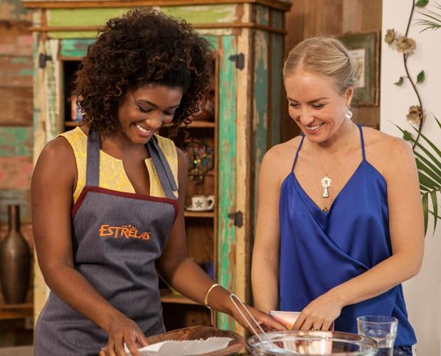 Erika prepara feijão tropeiro (Foto: TV Globo/Inácio Moraes)