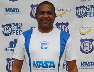Gerson Evaristo como técnico do Formiga (Foto: FEC/Divulgação)