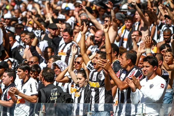No domingo, 55.987 torcedores assistiram à vitória do Atlético sobre o Joinville no Mineirão (Foto: Bruno Cantini/CAM)