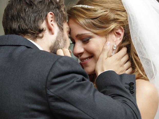 O casal não esconde a felicidade! (Foto: Felipe Monteiro/TV Globo)