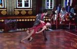 Rainer Cadete dança tango e empolga o público