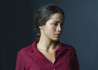 Nanda Costa como a evangélica Marinalva em 'O Caçador' (Foto: TV Globo / Estevam Avellar)