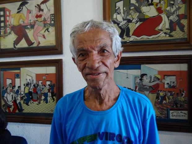 Artista plástico Tiago Amorim é homenageado no carnaval de Olinda (Foto: Katherine Coutinho/G1)