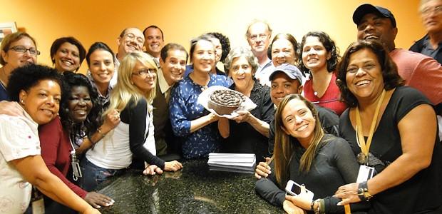 A equipe de Gabriela participou em peso da comemoração (Foto: Gabriela / TV Globo)