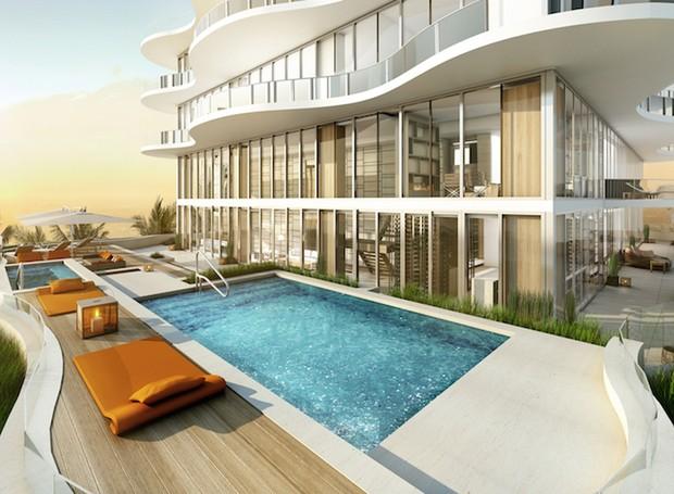 A residência de 1000 m² tem localização luxuosa, vista 360º para o mar e pé na areia (Foto: Divulgação)