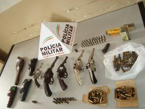 Busca e Apreensão Armas Araxá (Foto: Polícia Militar/Divulgação)