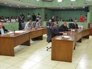 Vereadores em sessão na Câmara de Cubatão (Foto: Divulgação)