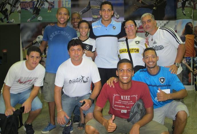 Gilberto Botafogo e família (Foto: Gustavo Rotstein)