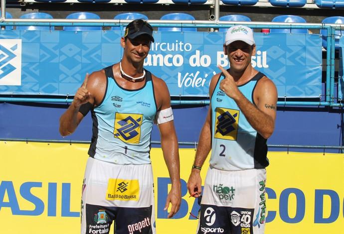 ricardo e marcio campeões circuito brasileiro volei de praia joão pessoa (Foto: Paulo Frank/CBV)