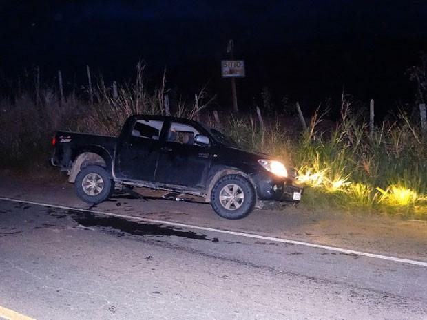 Colisão envolveu dois veículos, informou PRF (Foto: Giro em Ipiaú)