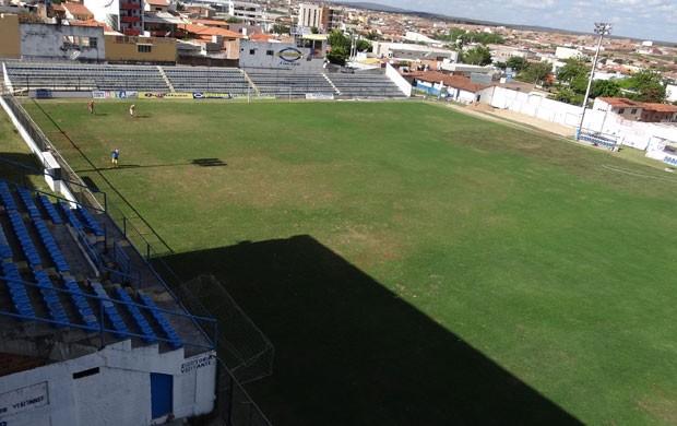 Estádio Otávio Limeira Alves, casa do Ypiranga-PE (Foto: Elton de Castro/Globoesporte.com)