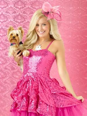 Ashley Tisdale caracterizada como a personagem Sharpay