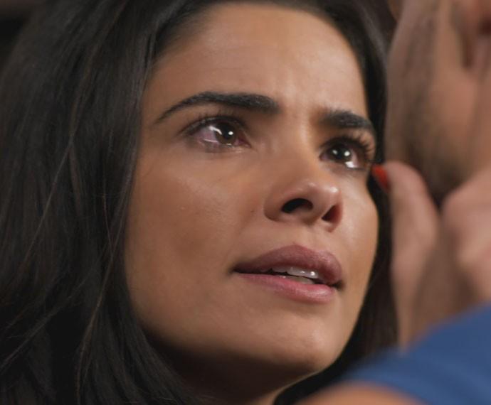 Tóia discute com Juliano (Foto: TV Globo)