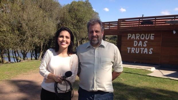 Repórter Bárbara Lino mostras belezas da Serra (Foto: RBS TV/Divulgação)