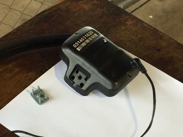 Leomar Bolzani será monitorado por uma tornozeleira eletrônica; equipamento foi instalado na Penitenciária Estadual de Francisco Beltrão (PR) (Foto: Michelli Arenza / RPC)