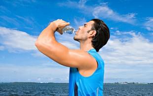 corredor bebendo água euatleta (Foto: Getty Images)