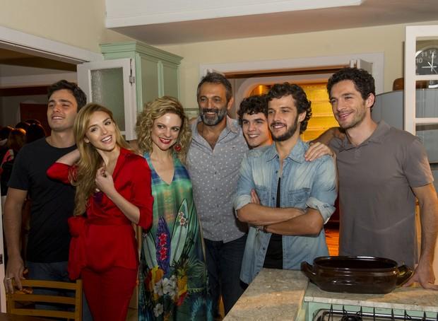 Jayme Matarazzo, Domingos Montagner e elenco de Sete Vidas (Foto: Globo/Estevam Avellar)