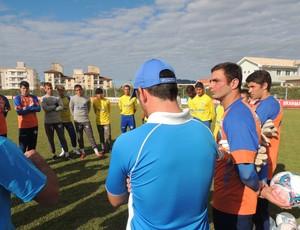 Dia do Goleiro Avaí treino (Foto: Marcelo Silva)
