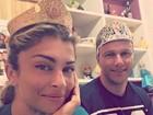 Grazi Massafera e irmão usam coroas de briquedo: 'Festa das princesas'