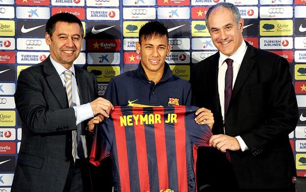 Neymar apresentação Barcelona coletiva (Foto: Getty Images)