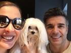 Claudia Raia e Jarbas Homem de Melo comemoram aniversário de cão