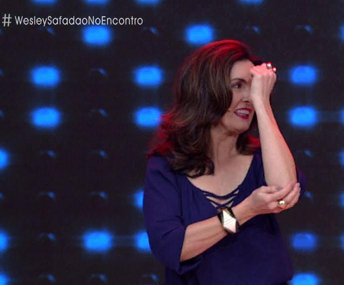 Fátima dança 'Camarote', de Wesley Safadão (Foto: TV Globo)