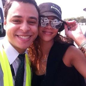 Rafael Santomes e Rihanna (Foto: Reprodução/Facebook)
