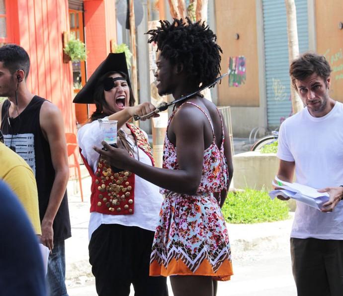 Giulia Costa deu um golpe em Maicon Rodrigues! #brinks (Foto: Letícia Souza/Gshow)