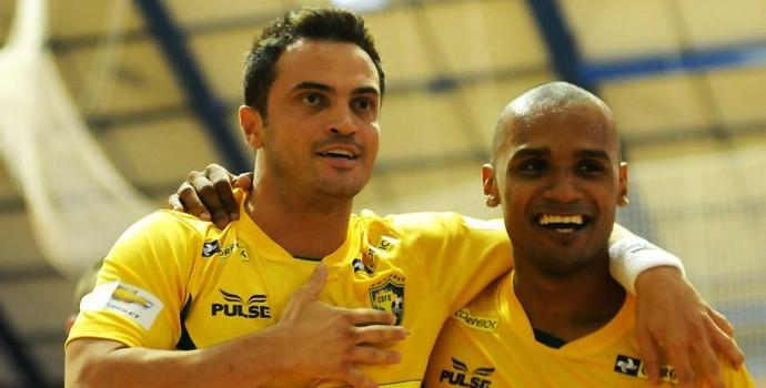 Falcão e Lukaian futsal (Foto: Luciano Bergamaschi/CBFS)