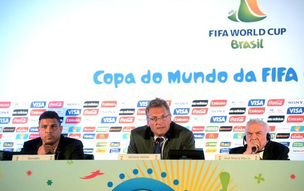 Ronaldo, Jêróme Valcke e José Maria Marin Reunião fifa Maracanã (Foto: Andre Durão)