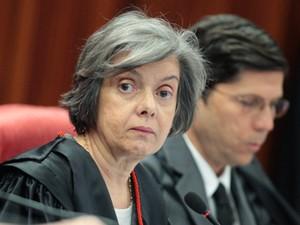 A ministra Cármen Lúcia em sessão do TSE nesta terça (6) (Foto: Nelson Jr./ASICS/TSE)