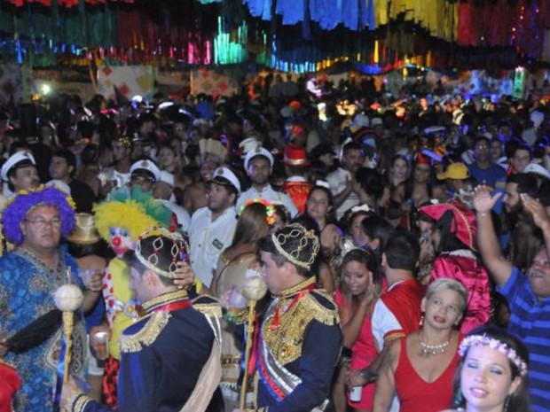 Foliões no XIII Baile Municipal de Bezerros (Foto: Divulgação/ Prefeitura de Bezerros)