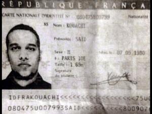 Imagem obtida pela agência France Presse através de uma fonte policial mostra reprodução do documento de identidade de Said Kouachi, um dos suspeitos do atentado em Paris, deixada no carro usado pelos suspeitos (Foto: AFP)