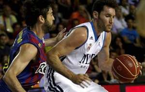 basquete  - Barcelona x Real Madrid - Juan Carlos Navarro e Rudy Fernandez (Foto: EFE)
