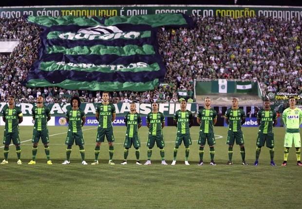 Equipe de futebol da Chapecoense viajava para a Colômbia para disputar a Copa Sul-Americana (Foto: Fernando Remor/EFE)