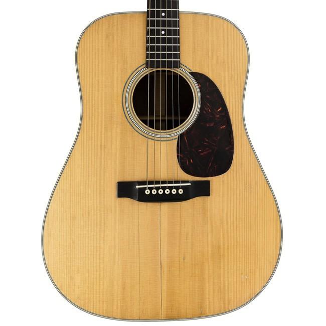 O violo 1963 Martin D-28, usado por Bob Dylan, foi leiloado por 1,3 milho de reais (Foto: Divulgao/Heritage Auctions)