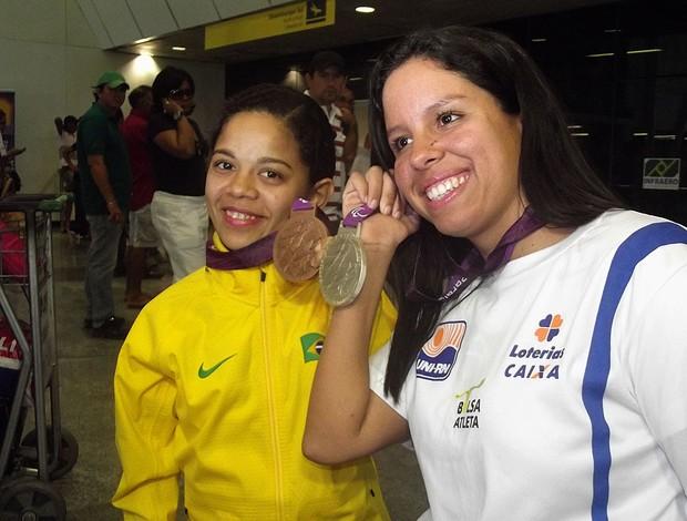 Joana Silva e Edênia Garcia, atletas paralímpicas (Foto: Jocaff Souza/Globoesporte.com)