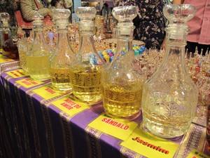 Perfumes da Tunísia (Foto: Mariane Rossi/G1)