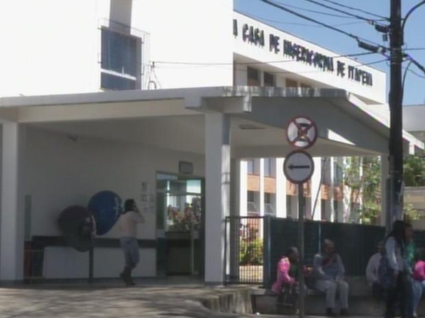 Santa Casa de Itapeva (Foto: Reprodução/ TV TEM)