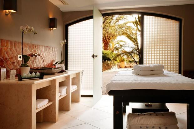 Calmo e cozy, o spa do hotel leva a marca Sisley (Foto: Divulgação)
