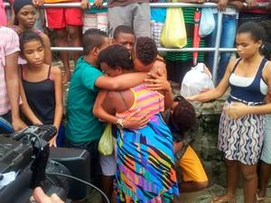 Último corpo é localizado na Avenida San Martin, em Salvador (Foto: Ruan Melo/G1)