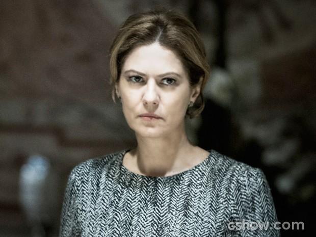 Angela coloca Gilda contra parede para saber se ela está envolvida na morte de Bruno (Foto: O Rebu / TV Globo)