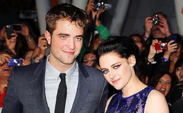 Aps levar um p de Robert Pattinson ao descobrir que estava sendo trado, Kristen Stewart estava determinada a reconquistar seu amado. Para isso, ela fez um emocionante pedido de desculpas em pblico a ele e a todos os envolvidos. (Foto: Divulgao)