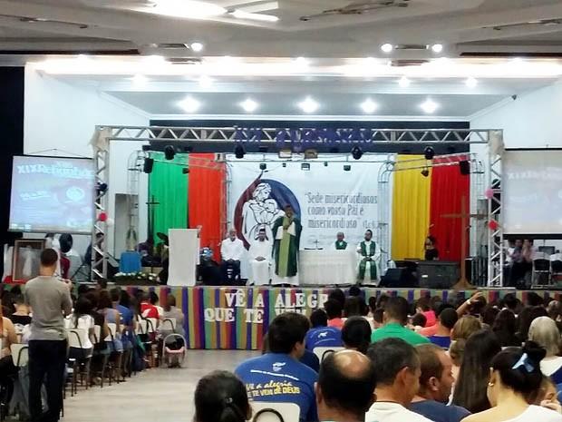 O bispo Dom Benedito Gonçalves dos Santos encerrou o retiro (Foto: Fábio Reis/TV Fronteira)