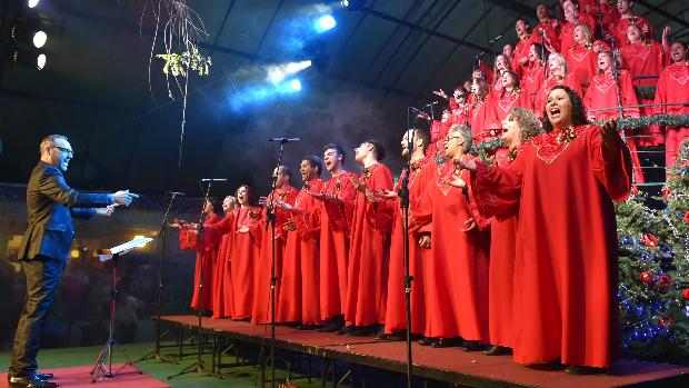 Árvore Cantante emociona com shows na Rua Coberta (Cleiton Thiele/SerraPress/Divulgação)
