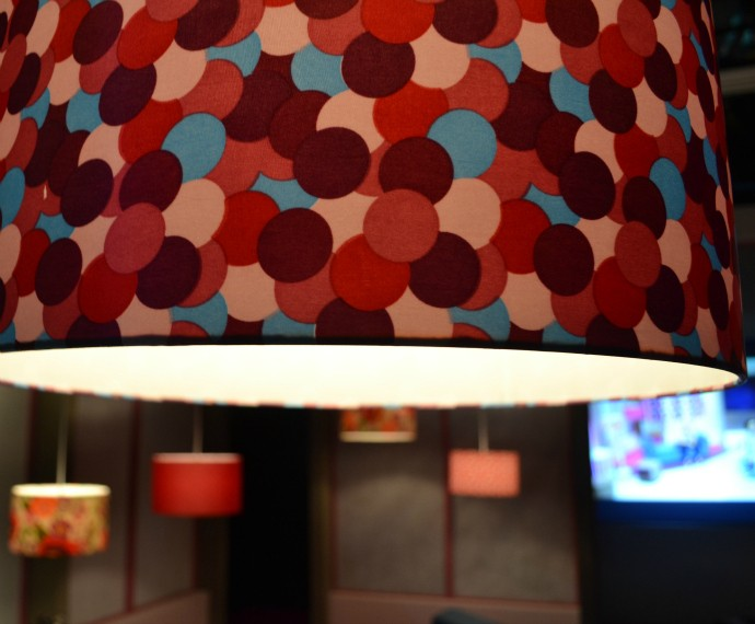 Mistura com Rodaika arquiteta cenário estúdio Luciana Bueno (Foto: Otávio Daros/RBS TV)
