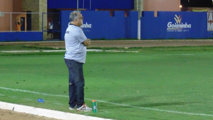 Josué Teixeira - técnico do ABC (Foto: Carlos Arthur da Cruz/GloboEsporte.com)