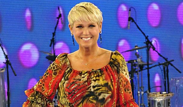Xuxa revela truques caseiros para cuidar da pele e ficar ainda mais bonita (Foto: Estevam Avellar/ TV Globo)