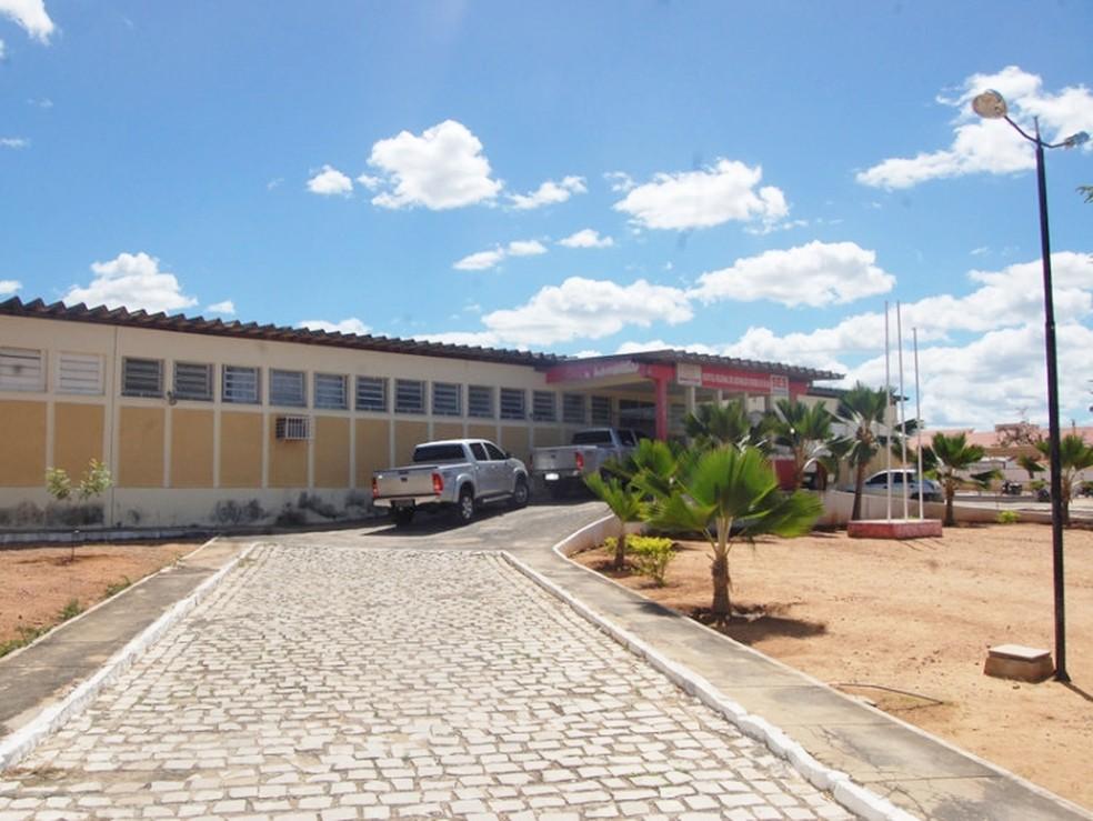 Hospital de Caraúbas, na região Oeste potiguar, é um dos que passará por reavaliação e pode ser transformado em unidade básica de saúde (Foto: Icém Caraúbas)